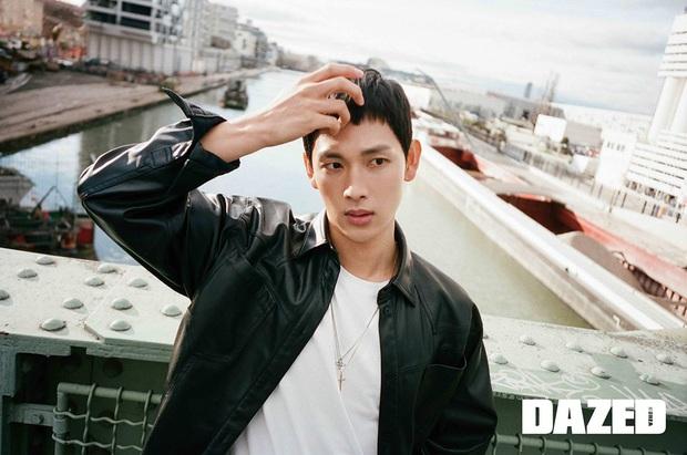 Loạt khoảnh khắc tuổi 20 đốn tim fan của dàn nam thần màn ảnh: Hyun Bin sớm khoe được visual cực phẩm, Lee Min Ho tóc tai dìm hàng vẫn cực điển trai - Ảnh 12.
