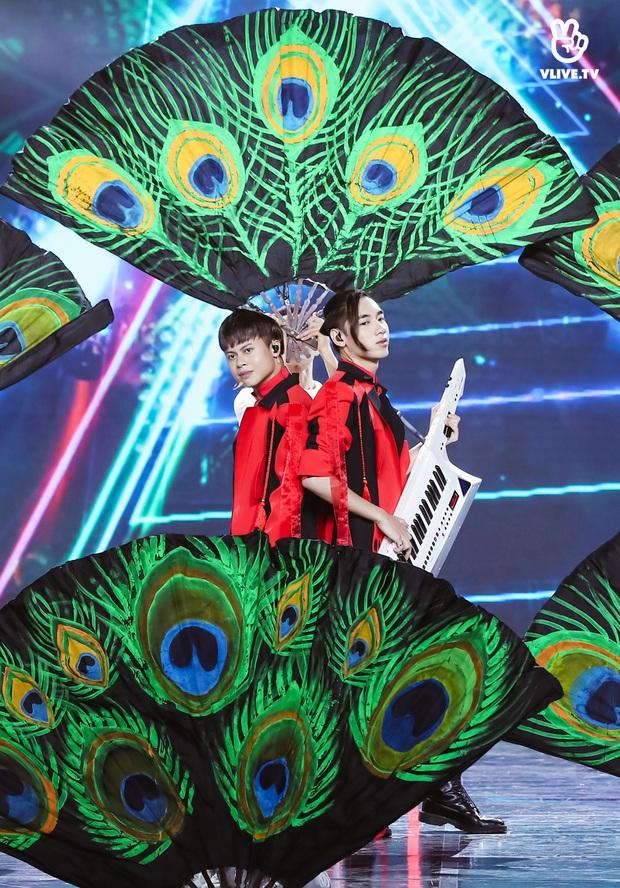 Minh Hằng lâu lắm mới đi hát trở lại, Uyên Linh khoe giọng hát nổi da gà: 2 nữ nghệ sĩ chặt đẹp màn trình diễn của các đồng nghiệp nam! - Ảnh 17.