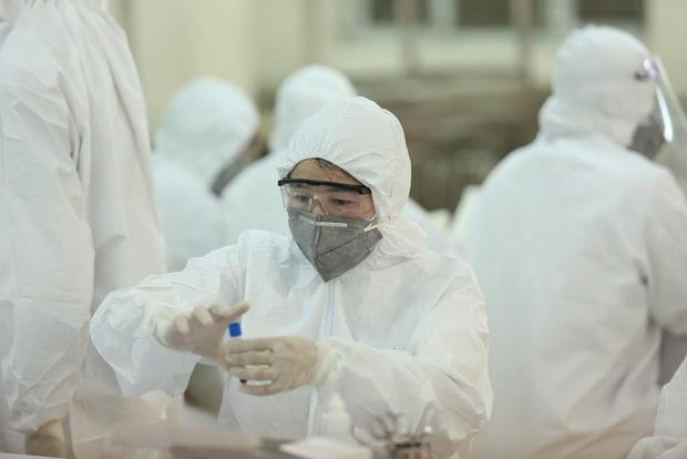 Bệnh nhân 503 từng đến nhiều chợ, tập huấn tại BV Phụ sản Nhi Đà Nẵng trong 3 ngày trước khi phát hiện nhiễm Covid-19 - Ảnh 1.