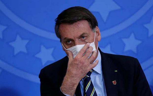 Tổng thống Brazil: Hầu như ai rồi cũng sẽ mắc Covid-19 - Ảnh 1.