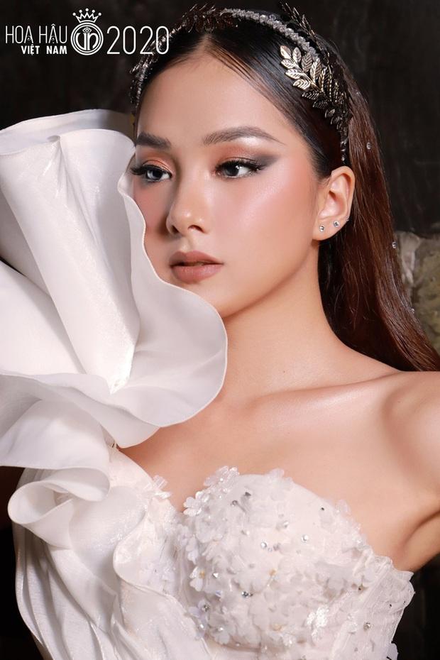 Dàn ngựa chiến 2k gây bão Hoa hậu Việt Nam 2020: Già nửa là gương mặt kỳ cựu, visual và body khiến hội 9x phải e dè - Ảnh 19.