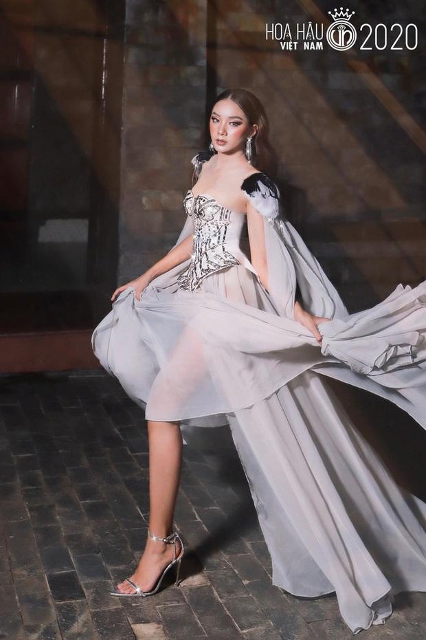 Dàn ngựa chiến 2k gây bão Hoa hậu Việt Nam 2020: Già nửa là gương mặt kỳ cựu, visual và body khiến hội 9x phải e dè - Ảnh 20.