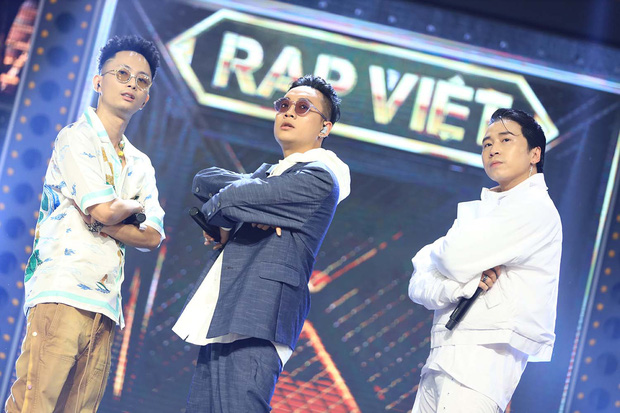 Rap Việt có gì mà khiến khán giả ngày nhớ đêm mong: Dàn giám khảo khủng, format căng đét và còn nhiều hơn thế! - Ảnh 10.