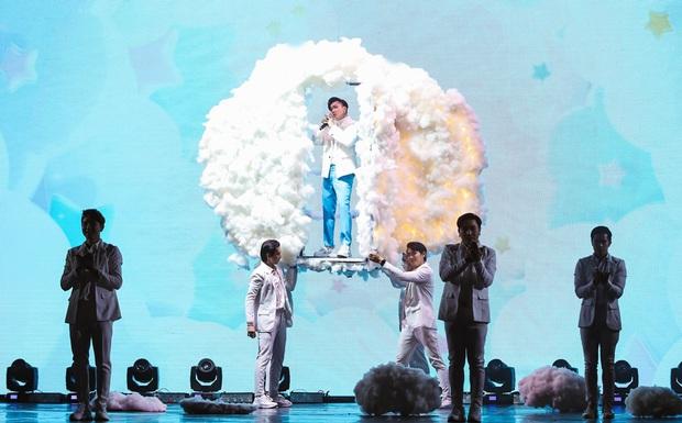 Minh Hằng lâu lắm mới đi hát trở lại, Uyên Linh khoe giọng hát nổi da gà: 2 nữ nghệ sĩ chặt đẹp màn trình diễn của các đồng nghiệp nam! - Ảnh 12.