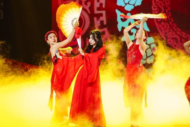 Minh Hằng lâu lắm mới đi hát trở lại, Uyên Linh khoe giọng hát nổi da gà: 2 nữ nghệ sĩ chặt đẹp màn trình diễn của các đồng nghiệp nam! - Ảnh 5.