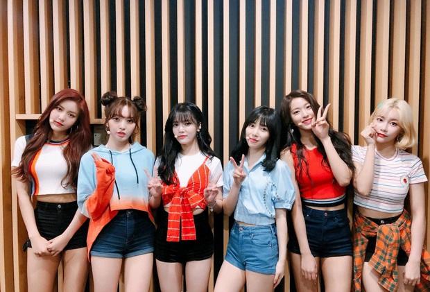 Netizen soi ra Mina bị dí trang phục và kiểu tóc chán đời nhất AOA, là bằng chứng cho thấy cô bị đối xử bất công? - Ảnh 6.