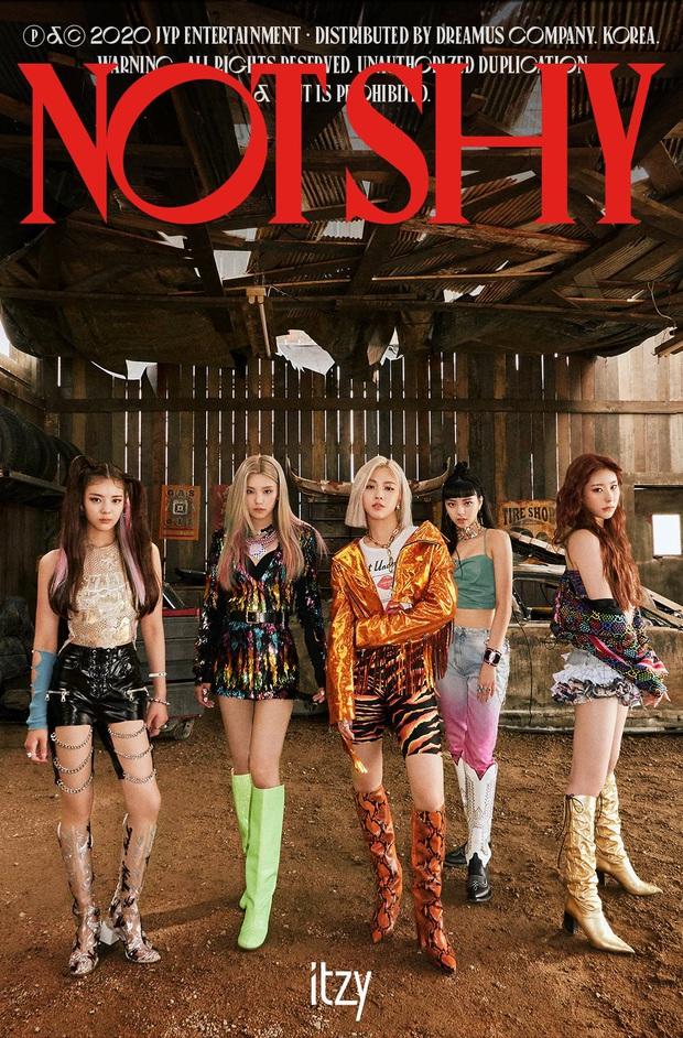 Thôi hát nhạc yêu lấy bản thân, JYP đích thân viết tình ca cho ITZY; tác giả Into The New World bất ngờ phá lệ tham gia sản xuất - Ảnh 1.