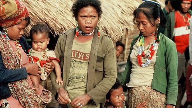 Chuyện về bộ lạc man rợ sống trong hang núi Tasaday và cú lừa ngoạn mục khiến cả thế giới tin sái cổ - Ảnh 12.