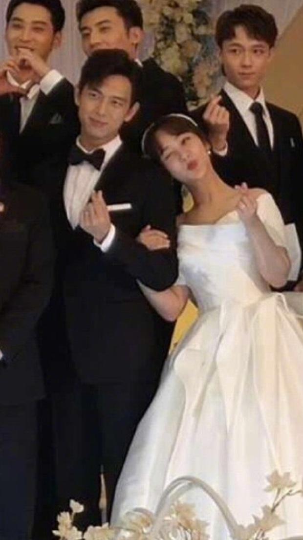 Rần rần hình ảnh Dương Tử mặc váy cưới, cùng Lý Hiện tổ chức hôn lễ với dàn sao Cá Mực Hầm Mật - Ảnh 3.