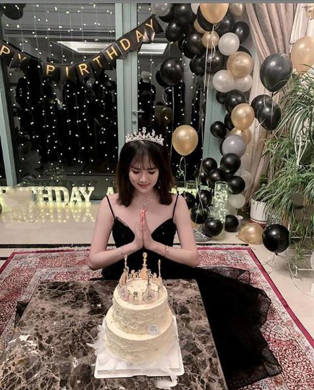 Bữa tiệc khiến cả Cbiz choáng: Gái út trùm sòng bạc tụ tập cùng tiểu thư Huawei, con trai Trần Khải Ca cũng góp mặt - Ảnh 9.