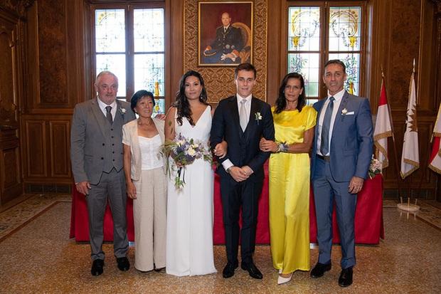 Tròn 1 năm cô gái gốc Việt làm dâu hoàng gia Monaco, tiết lộ ảnh cưới chưa từng thấy, chứng tỏ cuộc sống hôn nhân đáng ghen tỵ - Ảnh 3.