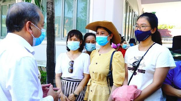 40 bác sĩ, điều dưỡng Huế xuất quân chi viện Đà Nẵng chống dịch COVID-19 - Ảnh 5.