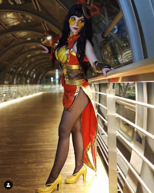 Ngắm màn hóa thân nữ tướng LMHT cực sexy của cosplayer Paperwings - Ảnh 9.