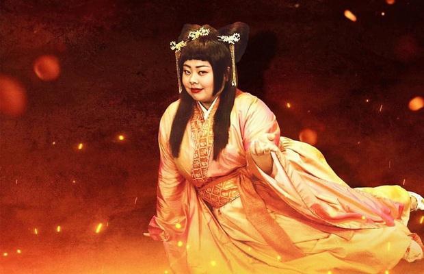 Tứ đại mỹ nhân lạ lùng nhất màn ảnh Hoa ngữ: Vương Chiêu Quân già quá tuổi, Điêu Thuyền nặng tới 100kg - Ảnh 8.
