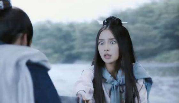 Dương Siêu Việt leo hot search vì màn trợn mắt muốn lọt con ngươi, Angela Baby - Trịnh Sảng bỗng được triệu hồi - Ảnh 6.