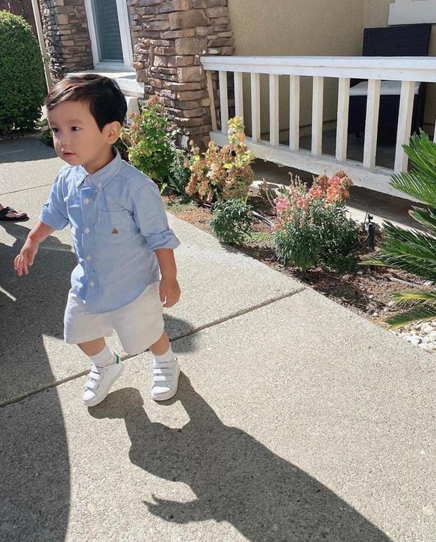 Giữa tình hình dịch bệnh tại Mỹ, Phạm Hương gây xôn xao khi đưa con trai đi học và không mang khẩu trang cho bé - Ảnh 2.