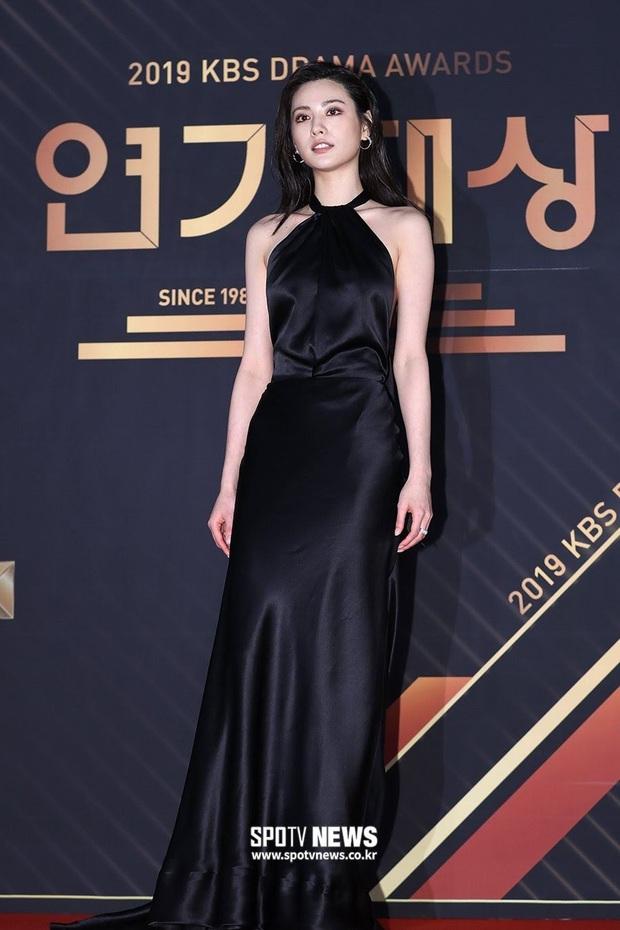 13 idol Kpop đủ tố chất thành Hoa hậu Hàn Quốc: Giữa dàn nữ thần BLACKPINK, SNSD xuất hiện đàn chị gạo cội - Ảnh 20.
