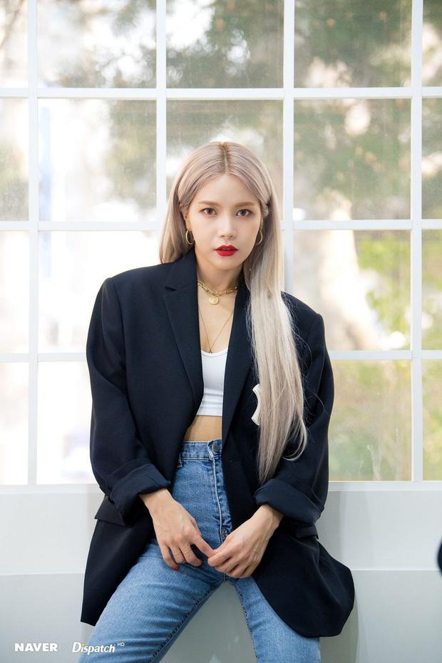 10 idol xứng danh nữ hoàng tóc bạch kim khiến fan u mê không lối thoát: Rosé như công chúa nhưng ấn tượng nhất là Krystal - Ảnh 9.