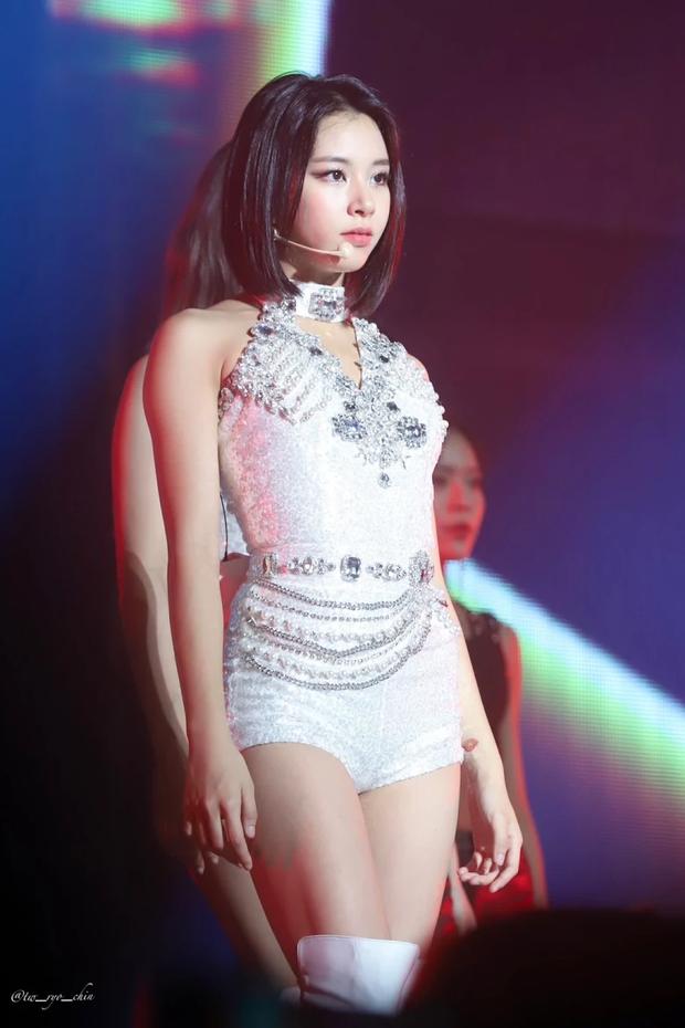 5 idol lột xác khác một trời một vực khi để mặt mộc: Jennie - Chaeyoung như học sinh, nhưng choáng nhất là Hwasa - Ảnh 11.
