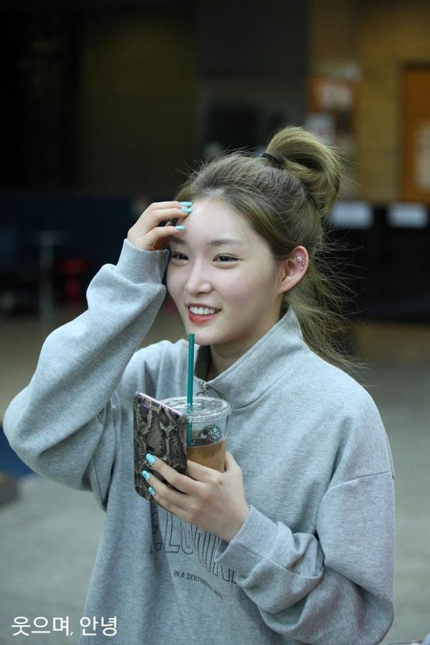 5 idol lột xác khác một trời một vực khi để mặt mộc: Jennie - Chaeyoung như học sinh, nhưng choáng nhất là Hwasa - Ảnh 27.