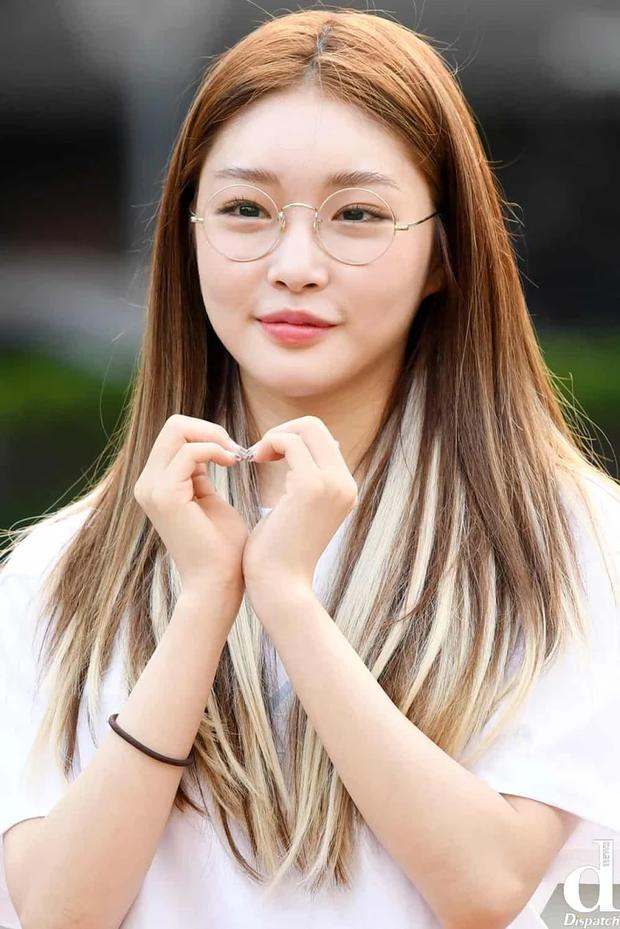 5 idol lột xác khác một trời một vực khi để mặt mộc: Jennie - Chaeyoung như học sinh, nhưng choáng nhất là Hwasa - Ảnh 29.