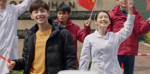 Bất chấp nguy hiểm, hội trai đẹp Dương Dương - Đặng Luân tuyên chiến với COVID-19 ở phim mới - Ảnh 5.