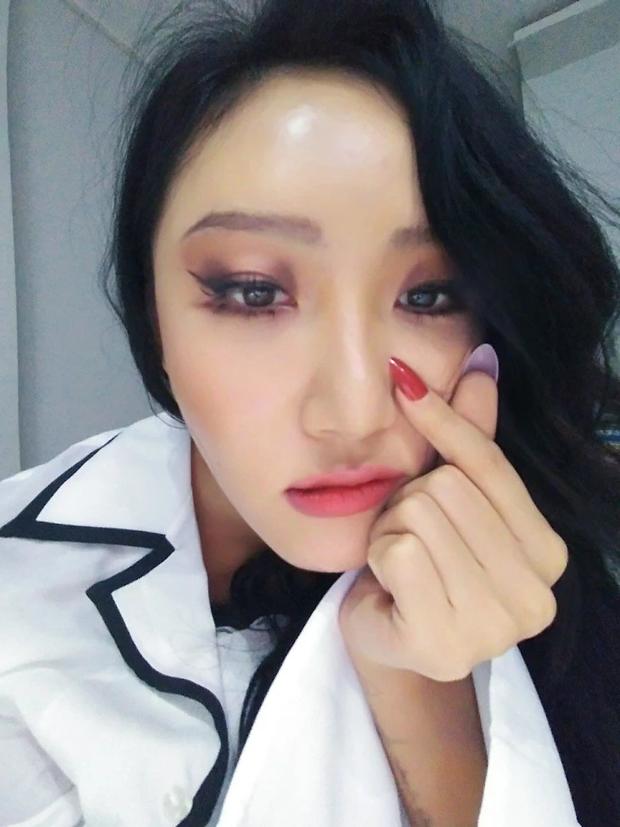 5 idol lột xác khác một trời một vực khi để mặt mộc: Jennie - Chaeyoung như học sinh, nhưng choáng nhất là Hwasa - Ảnh 20.