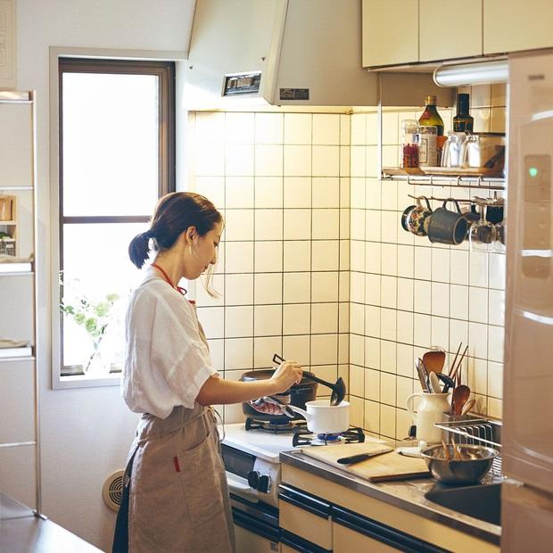 Có 5 thói quen nấu ăn của nhiều gia đình tưởng ngon, sạch và tiết kiệm nhưng lại đang dẫn lối cho ung thư tìm đến - Ảnh 3.