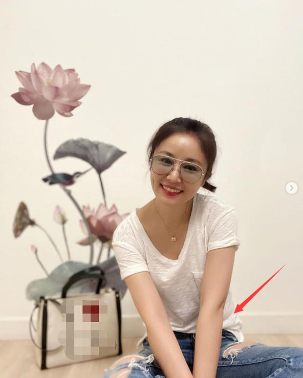 Đập tan tin đồn mang bầu lần 2 ở tuổi 44, Lâm Tâm Như đăng loạt ảnh khoe dáng thon đáng ngưỡng mộ - Ảnh 4.