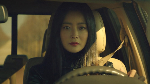 Hóng cực độ Alice - drama kỳ ảo kế sóng Backstreet Rookie: Vũ trụ song song nhưng xịn xò hơn hẳn Quân Vương Bất Diệt? - Ảnh 4.