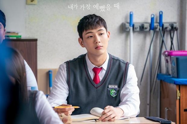 Dàn cast drama em chồng thích chị dâu Khi Em Đẹp Nhất: Hết anh trai Hyun Bin đến rich kid cướp bồ Hani  - Ảnh 6.
