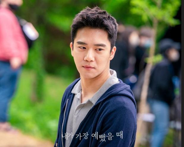 Dàn cast drama em chồng thích chị dâu Khi Em Đẹp Nhất: Hết anh trai Hyun Bin đến rich kid cướp bồ Hani  - Ảnh 7.