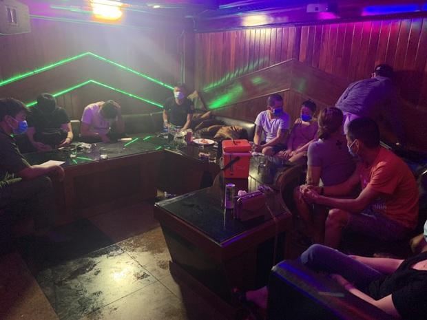 24 thanh niên nam nữ phê ma túy trong quán karaoke ở Đà Nẵng bất chấp dịch Covid-19 - Ảnh 2.