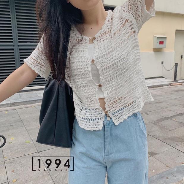 Kiểu áo bạn nên sắm trước tiên thu này chính là cardigan len móc, diện lên xinh chuẩn Hàn Quốc - Ảnh 11.