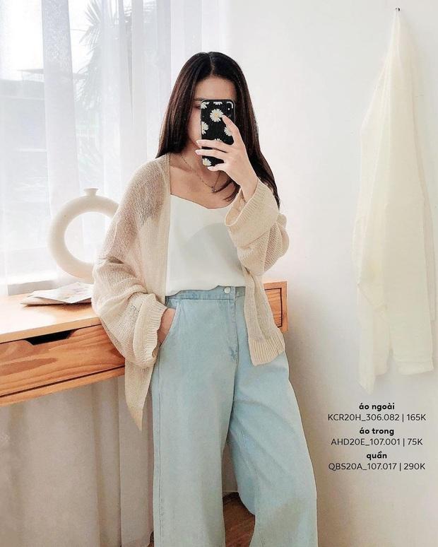 Kiểu áo bạn nên sắm trước tiên thu này chính là cardigan len móc, diện lên xinh chuẩn Hàn Quốc - Ảnh 1.