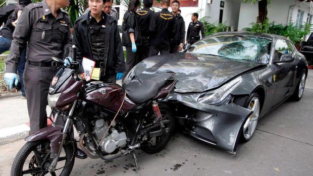 Vụ án quá nhiều twist của thiếu gia thừa kế gia tộc Red Bull: Chiếc siêu xe oan nghiệt và scandal gây chấn động cả xã hội Thái Lan - Ảnh 4.