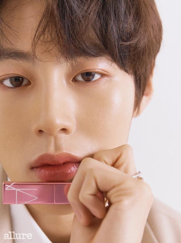 Đã gặp các idol Hàn ngoài đời, BTV làm đẹp hé lộ 7 người da đẹp nhất: Vi diệu đến độ soi không thấy lỗ chân lông - Ảnh 9.