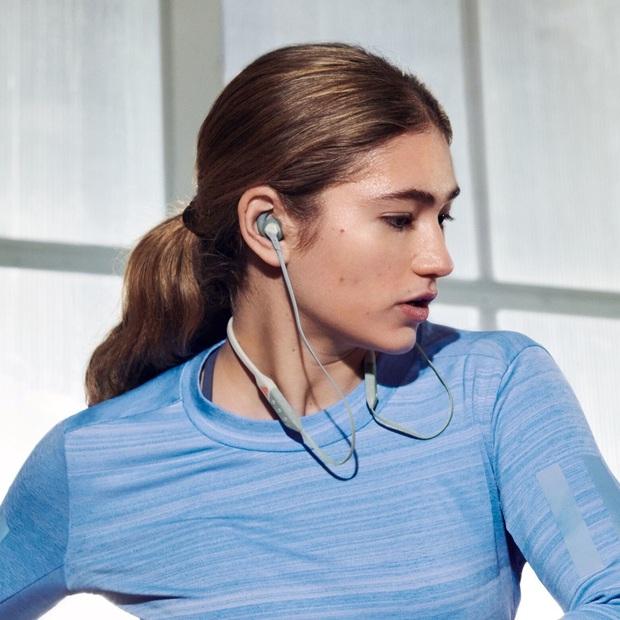 Đua đòi theo trend, Adidas trình làng mẫu tai nghe không dây cho dân mê chạy bộ - Ảnh 1.