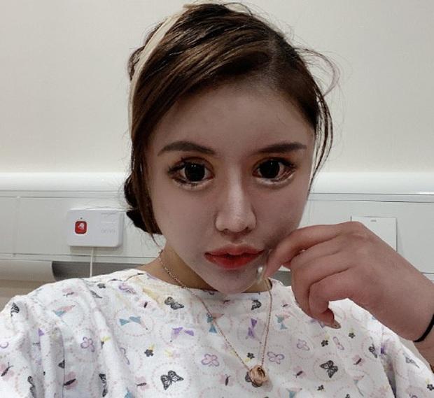 Mẫu nữ mặt rắn sinh năm 2005 tuyên bố tham gia Sáng Tạo Doanh 2021, nhan sắc phẫu thuật 70 lần khiến Cnet hoảng hồn - Ảnh 6.