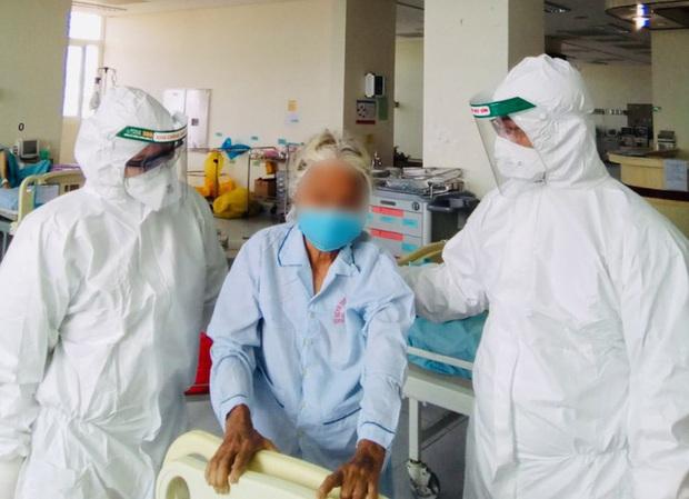 Lời mời dễ thương của bệnh nhân 100 tuổi mắc Covid-19 ở Quảng Nam gửi đến bác sĩ - Ảnh 1.