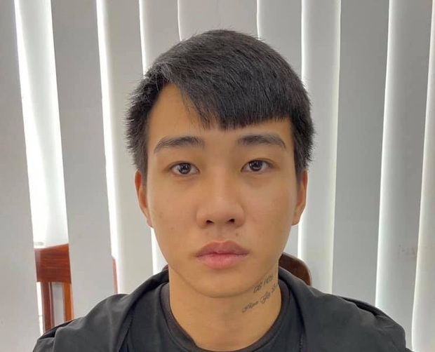 Hà Nội: Đối tượng bị truy nã về tội giết người đã ra đầu thú sau thời gian lẩn trốn - Ảnh 1.