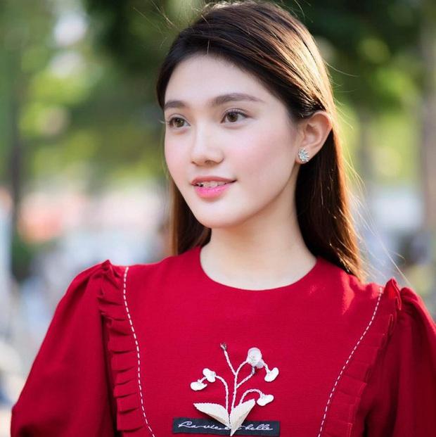 Lộ diện Hoa khôi trường Đại học dự thi Hoa hậu Việt Nam 2020: Body nóng bỏng, ảnh đời thường gây bất ngờ - Ảnh 6.