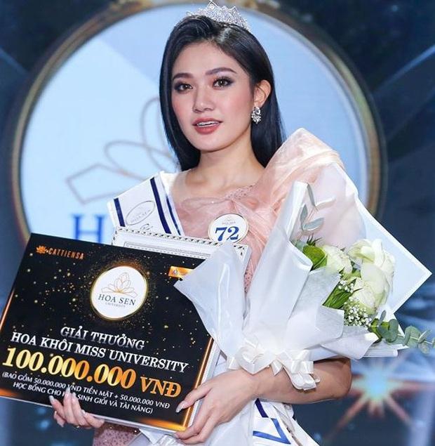 Lộ diện Hoa khôi trường Đại học dự thi Hoa hậu Việt Nam 2020: Body nóng bỏng, ảnh đời thường gây bất ngờ - Ảnh 4.