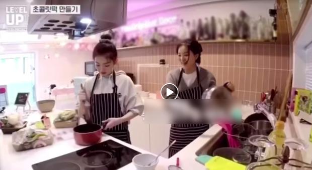 Pha vào bếp của Irene (Red Velvet) khiến fan muốn mời chị vào hội ghét bếp: Nhìn thành quả không thể ngừng nghĩ nhạy cảm - Ảnh 1.