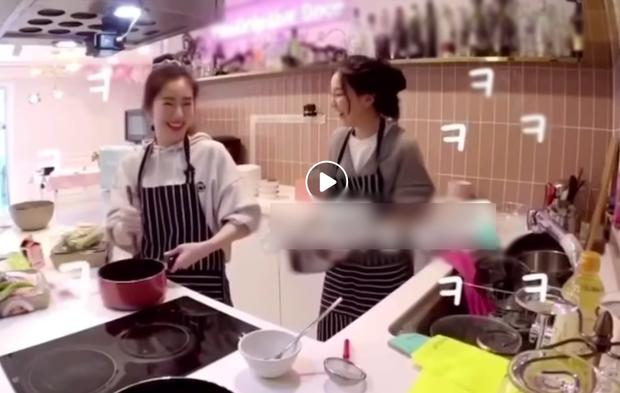 Pha vào bếp của Irene (Red Velvet) khiến fan muốn mời chị vào hội ghét bếp: Nhìn thành quả không thể ngừng nghĩ nhạy cảm - Ảnh 2.