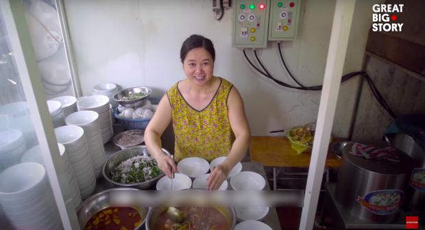 Không phải phở hay bánh mì, bữa sáng tiêu biểu của Việt Nam được trang tin Mỹ giới thiệu lại là một món làm từ lươn - Ảnh 2.