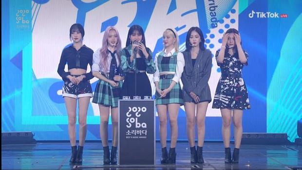 BTS giật giải Daesang duy nhất của Soribada Awards dù không tham dự; TWICE, Red Velvet và Kang Daniel chia đều các giải quan trọng còn lại - Ảnh 8.