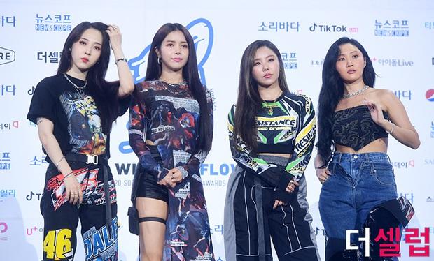 Knet khen BLACKPINK và ITZY chia line đều như miếng pizza, mỉa mai TWICE không ai hát tốt nên Nayeon và Jihyo phải gánh team - Ảnh 18.