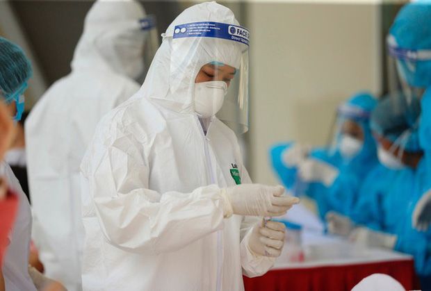 Thêm 3 ca mắc mới COVID-19, Việt Nam có 883 bệnh nhân - Ảnh 1.