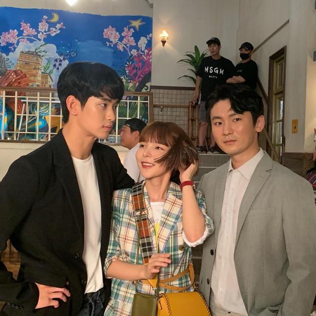 Diễn viên Điên Thì Có Sao bóc tính cách thật của Kim Soo Hyun trên phim trường, bất ngờ vì khác hẳn suy nghĩ ban đầu - Ảnh 5.